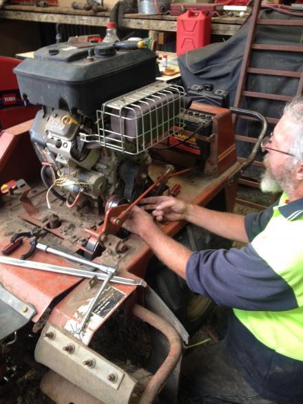 Repairing the drive belt